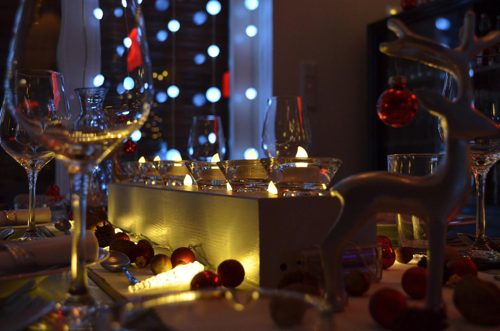 Gute Stimmung bei der Firmenweihnachtsfeier – das richtige Thema ...